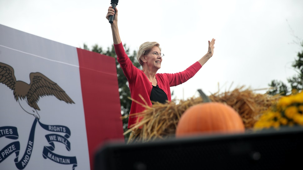 DES MOINES, IOWA - SEPTEMBER 21: Democratic presidential candidate, Sen. Elizabeth Warren (D-MA) speaks at the Polk County Democrats' Steak Fry on September 21, 2019 in Des Moines, Iowa.
