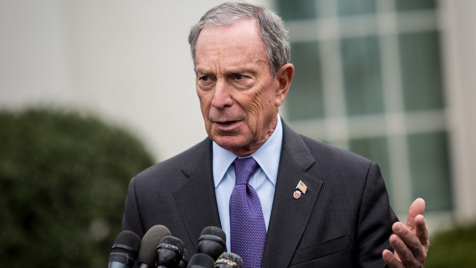 New York City Mayor Michael Bloomberg speaks to the media outside the West Wing of the White House after meeting with Vice President Joe Biden, February 27, 2013 in Washington, DC. Vice President Biden and Mayor Bloomberg discussed the Obama administration's proposals to reduce gun violence.