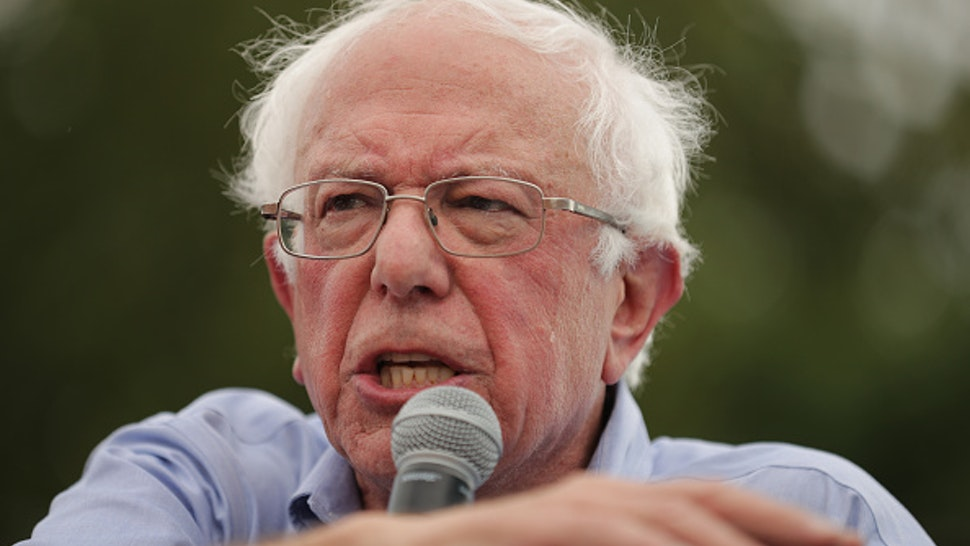 DES MOINES, IOWA - AUGUST 11: Democratic presidential candidate Sen. Bernie Sanders (I-VT) delivers a 20-minute campaign speech at the Des Moines Register Political Soapbox at the Iowa State Fair August 11, 2019 in Des Moines, Iowa. Twenty-two of the 23 politicians seeking the Democratic Party presidential nomination will be visiting the fair this week, six months ahead of the all-important Iowa caucuses.