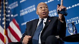 Elijah Cummings, a Democrat from Maryland and chairman of the House Oversight Committee, speaks during a National Press Club event
