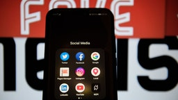 Social Media Apps On An Android Mobile Phone