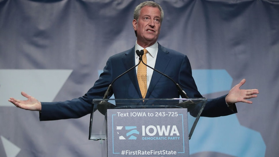 Democratic presidential candidate and New York City Mayor Bill De Blasio speaks at the Iowa Democratic Party's Hall of Fame Dinner on June 9, 2019 in Cedar Rapids, Iowa.