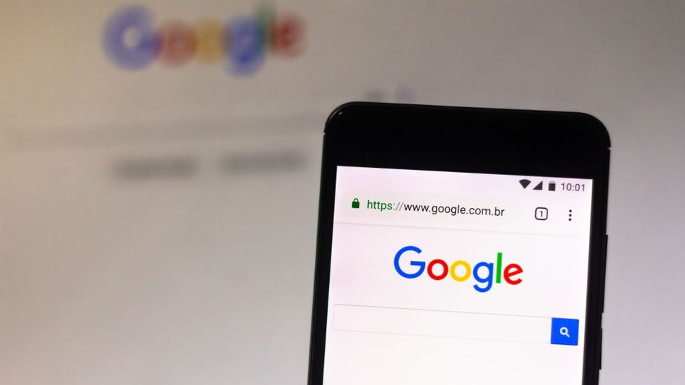 BRAZIL - 2019/05/14: In this photo illustration the Google logo seen displayed on a smartphone. (