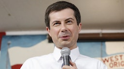 South Bend Mayor and Democratic presidential candidate Pete Buttigieg speaks at the West Side Democratic Club during a Dyngus Day celebration event on Monday, April 22, 2019 in South Bend, Indiana. - Buttigieg, the gay, liberal mayor of a small American city in the conservative bastion of Indiana, officially launched his presidential bid on April 14th, joining a crowded field of Democrats vying for their party's nomination in 2020. Dyngus Day is a Polish holiday celebrating the end of Lent. It has been celebrated in South Bend for decades with kielbasa, polka music, and beer, and unofficially kicks off the city's political campaign season.