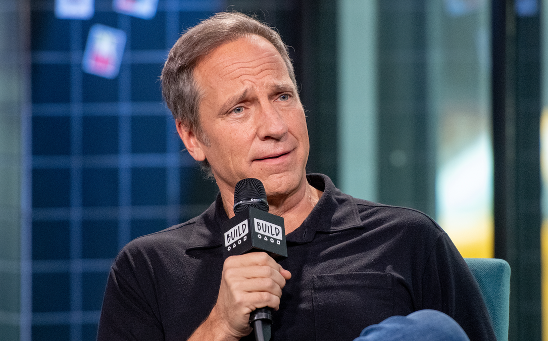 Mike Rowe Weighs In On Nike Dropping American Flag Shoe At Kaepernick's Behest