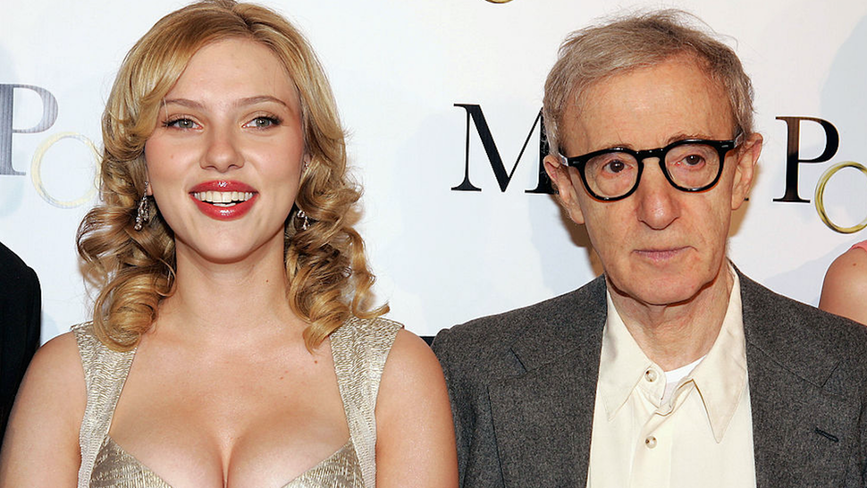"""Actress Scarlett Johansson (L) and writer/director Woody Allen pose at the premiere of DreamWorks' """"Match Point"""" at the Los Angeles County Museum of Art on December 8, 2005 in Los Angeles, California."""