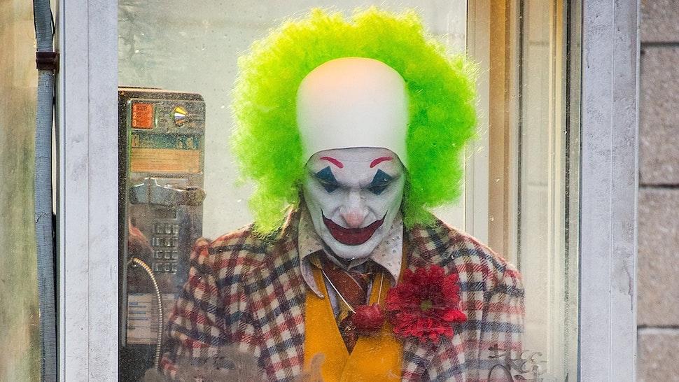 Joaquin Phoenix is seen filming a scene for 'Joker' in Brooklyn on September 24, 2018 in New York City.