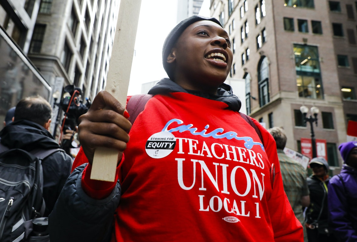 Chicago Teachers Union Votes To Refuse In-Person Teaching, Will Not Show For Work