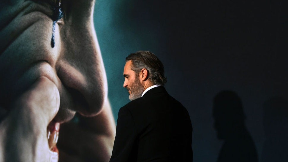 """Joaquin Phoenix attends the premiere of Warner Bros Pictures """"Joker"""" on September 28, 2019 in Hollywood, California. (Photo by Kevin Winter/Getty Images)"""