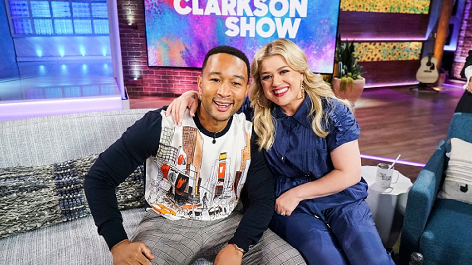 THE KELLY CLARKSON SHOW -- Episode 3011 -- Pictured: (l-r) John Legend, Kelly Clarkson --