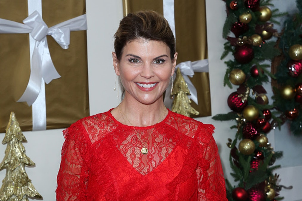 Lori Loughlin Slapped With Additional Charges Amid Reports Of A Plea Deal