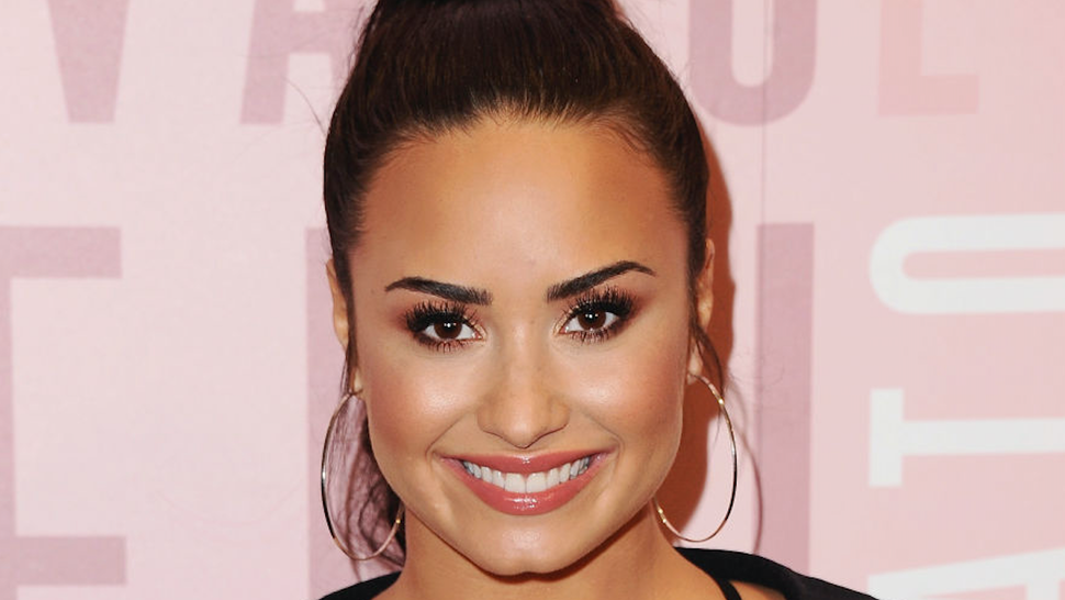 Demi Lovato visits Fabletics at Del Amo Fashion Center at Fabletics at Del Amo Fashion Center on January 27, 2018 in Torrance, California.
