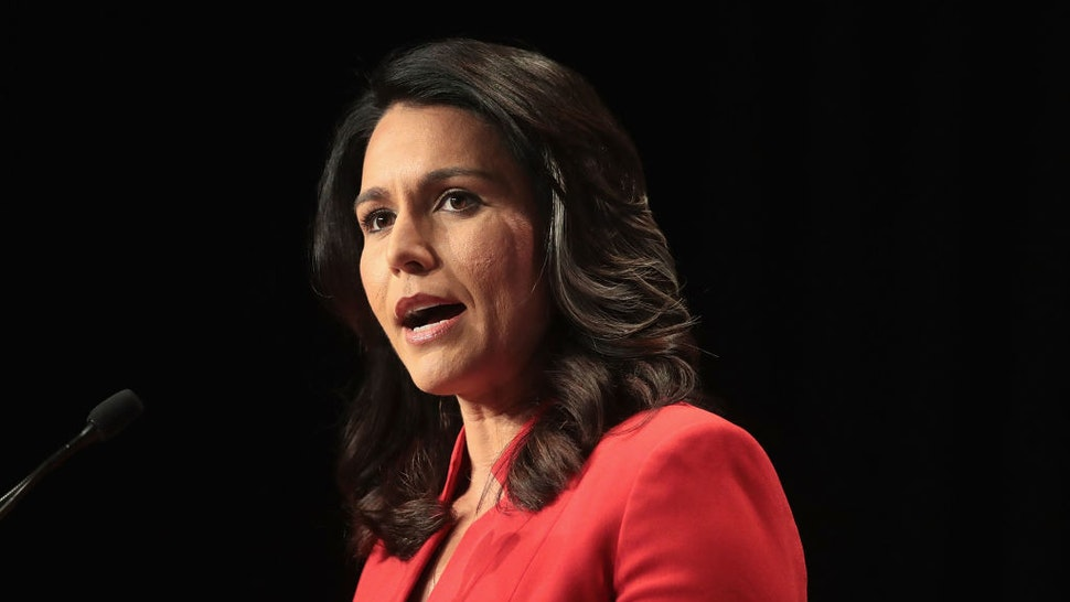 Tulsi Gabbard speaks at the Iowa Democratic Party's Hall of Fame Dinner
