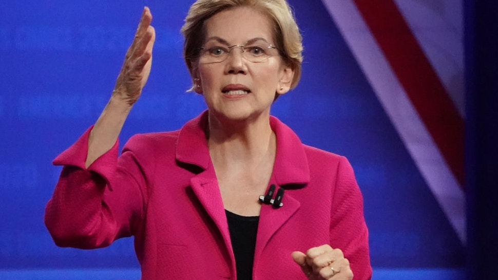 Elizabeth Warren speaks at the Human Rights Campaign Foundation
