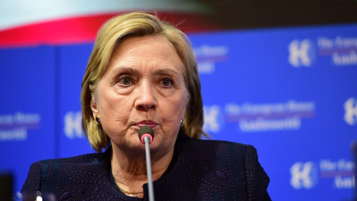 Hillary Clinton Steals Joke From Late-Night Show, Suffers Mockery On Social Media