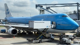 AMSTERDAM, NETHERLANDS - 2019/06/11: KLM Royal Dutch Airlines Boeing 747 plane seen at the Amsterdam Schiphol Airport runway. (Photo by Miguel Candela/SOPA Images/LightRocket via Getty Images)