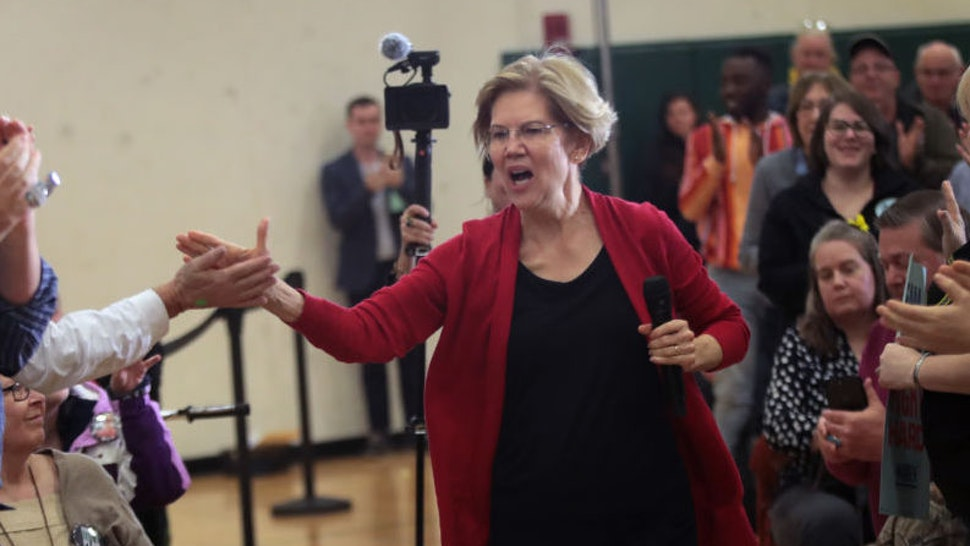 Democratic presidential candidate Sen. Elizabeth Warren (D-MA) arrives for a campaign stop at Hempstead High School on November 02, 2019 in Dubuque, Iowa. The 2020 Iowa Democratic caucuses will take place on February 3, 2020, making it the first nominating contest for the Democratic Party in choosing their presidential candidate. (Photo by Scott Olson/Getty Images)