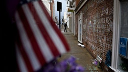 A memorial to Heather Heyer and the other victims of last year's hit and run is seen a few blocks away the first day of jury selection for James Fields's murder trial at the Charlottesville Circuit Court, November 26, 2018 in Charlottesville, Virginia. - An American neo-Nazi denied murder at the start of his trial for allegedly ramming his car into counter-protesters at a 2017 white supremacist rally that made the city of Charlottesville a byword for rising racial tensions under President Donald Trump.