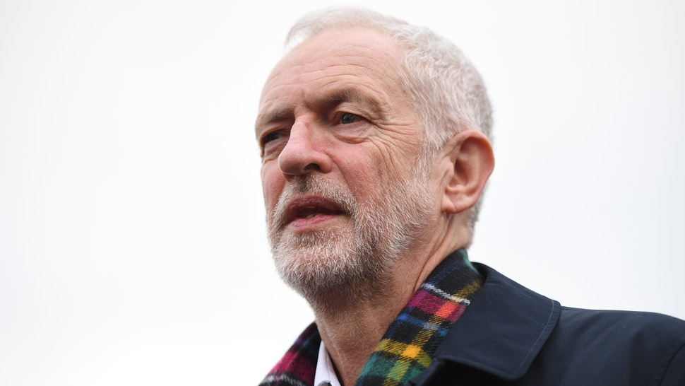 THURROCK, ENGLAND - NOVEMBER 24: Labour leader Jeremy Corbyn campaigns on November 24, 2019 in Thurrock, England. (Photo by Leon Neal/Getty Images)