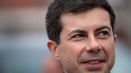 Democratic presidential candidate South Bend, Indiana Mayor Pete Buttigieg takes a brief tour of town during a campaign stop on November 04, 2019 in Britt, Iowa.