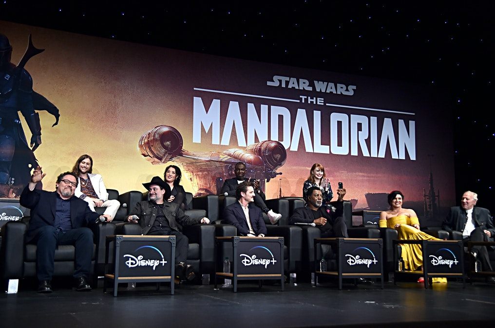 Feminist Tries To Cancel Disney's 'The Mandalorian' Over Lack Of Female Characters, Gets Wrecked
