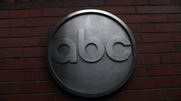 he ABC logo is viewed outside of ABC headquarters February 24, 2010 in New York, New York. ABC has announced that the television news division plans to cut 20-25 percent of its workforce, or between 300-400 people, through buyouts or layoffs. The news division plans to use more contractors and freelancers to make up for the loss of fulltime employees. (Photo by Spencer Platt/Getty Images)