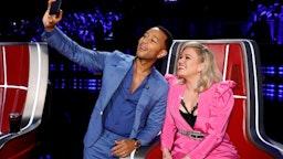 "THE VOICE -- ""Live Cross Battles"" Episode 1612A -- Pictured: (l-r) John Legend, Kelly Clarkson --"