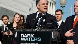 Actor and activist Mark Ruffalo speaks at the Fight Forever Chemicals Campaign kick off event on Capitol Hill on November 19, 2019 in Washington, DC. (Photo by Paul Morigi/Getty Images)