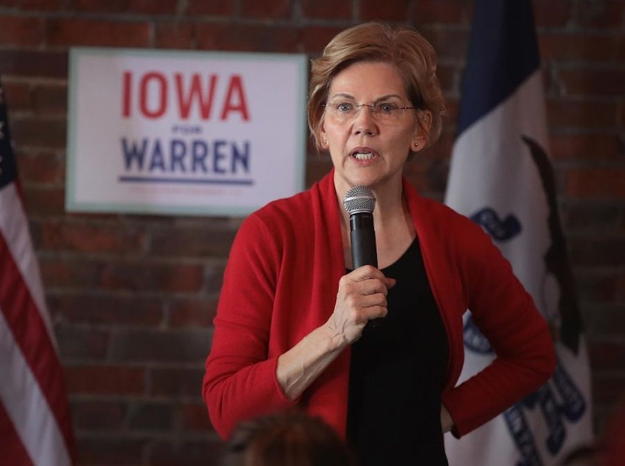 Elizabeth Warren Says She'll Abolish The Electoral College Before Her Second Term