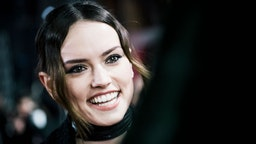 Daisy Ridley attends the European Premiere of Star Wars: The Last Jedi at the Royal Albert Hall on December 12, 2017 in London, England. (Photo by Gareth Cattermole/Getty Images for Disney)