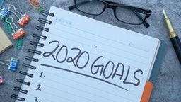 2020 goals on notepad