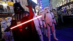 """LONDON, ENGLAND - DECEMBER 18: The character of Darth Vader attends the """"Star Wars: The Rise of Skywalker"""" European Premiere at Cineworld Leicester Square on December 18, 2019 in London, England. (Photo by Tristan Fewings/Getty Images)"""