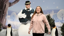 "Aidy Bryant as a snowman and Kate McKinnon as Greta Thunberg during the ""American Households"" Cold Open on Saturday, December 14, 2019"
