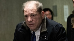 NEW YORK, NY - JANUARY 21: Harvey Weinstein leaves with his attorney Donna Rotunno at New York City Criminal Court on January 21, 2020 in New York City. Weinstein, a movie producer whose alleged sexual misconduct helped spark the #MeToo movement, pleaded not-guilty on five counts of rape and sexual assault against two unnamed women and faces a possible life sentence in prison.