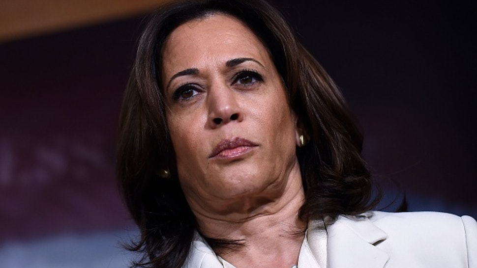 Senator Kamala Harris (D-CA) speaks about the the Senate Impeachment trial at the US Capitol, January 16, 2020, in Washington, DC. - Members of the US Senate were sworn in on January 16 to serve as jurors at the historic impeachment trial of President Donald Trump.