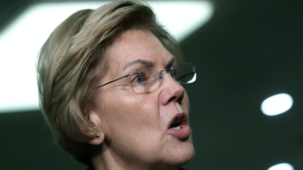 Democratic presidential candidate Sen. Elizabeth Warren (D-MA) speaks to the media as the Senate impeachment trial Of President Donald Trump continues at the U.S. Capitol on January 23, 2020 in Washington, DC.