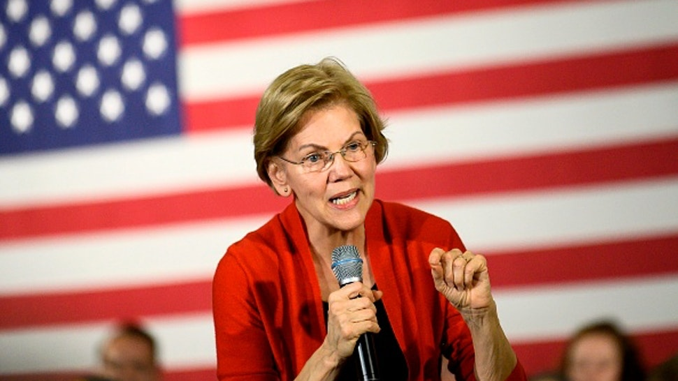 Democratic presidential candidate Senator Elizabeth Warren (D-MA) speaks during a campaign stop in Cedar Rapids, Iowa on January 26, 2020. - Warren and other Democratic candidates, are making their final push through Iowa before the caucuses on February 3, 2020.