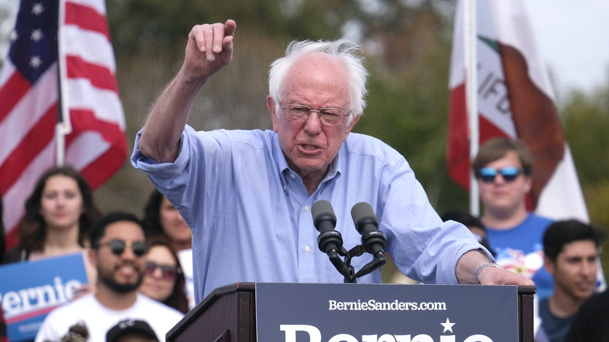BREAKING: Feds Notify Bernie Sanders That Russia Is Trying To Help His Campaign