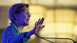 """CHARLESTON, SC - FEBRUARY 24: Democratic presidential candidate Sen. Elizabeth Warren (D-MA) speaks at the South Carolina Democratic Party """"First in the South"""" dinner on February 24, 2020 in Charleston, South Carolina. South Carolina holds its Democratic presidential primary on Saturday, February 29. (Photo by Drew Angerer/Getty Images)"""