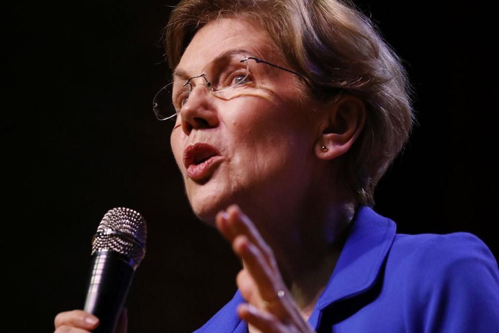 Warren, Asked About Coronavirus, Attacks Trump's 'Racist Wall'