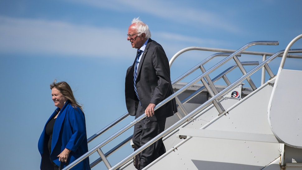 DULLES, VA - JUNE 9: Democratic presidential candidate Sen. Bernie Sanders, I-Vt., and and his wife Jane Sanders disembark a plane as he heads to meet with President Barack Obama at the White House in Dulles, VA on Thursday June 09, 2016. (Photo by Jabin Botsford/The Washington Post via Getty Images)