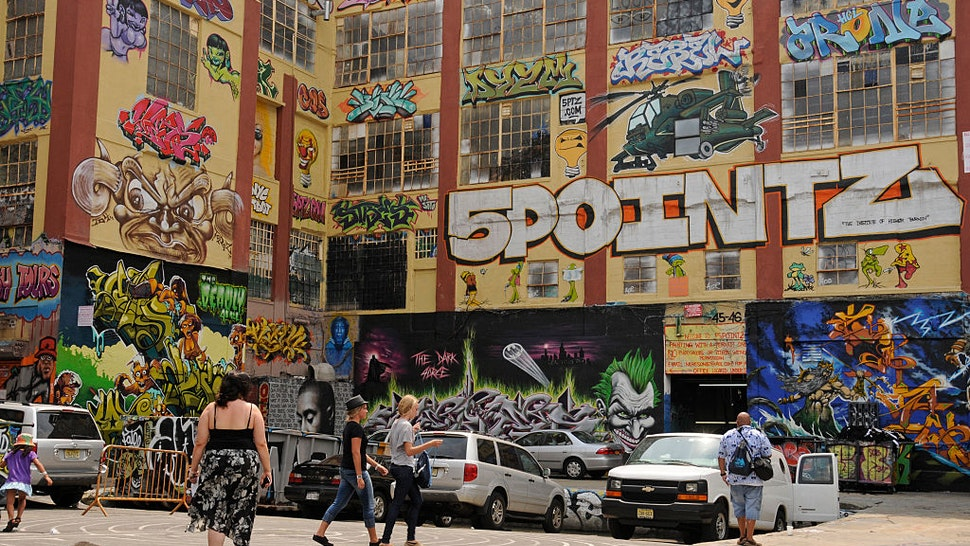Factory building with graffitis, '5Pointz' is an outdoor art exhibit space for graffiti artists