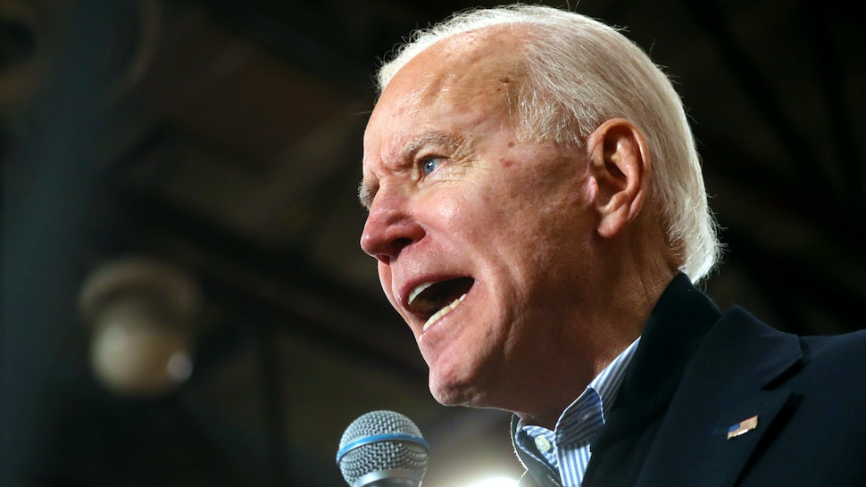 HUDSON, NEW HAMPSHIRE - FEBRUARY 09: Democratic presidential candidate former Vice President Joe Biden speaks during a campaign event on February 09, 2020 in Hudson, New Hampshire. With two days to go until the New Hampshire primary, Joe Biden is campaigning across the state.