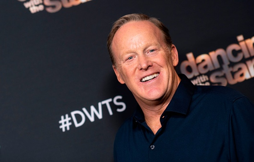 Sean Spicer Records Special Valentine's Day Messages For Charity. Leftists Mock Him.