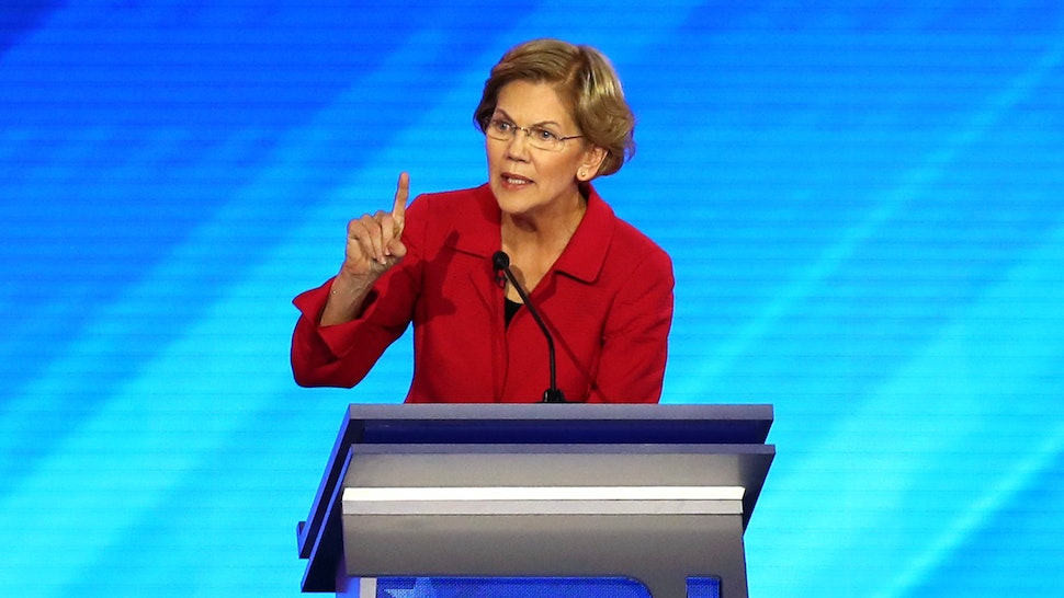 MANCHESTER, NEW HAMPSHIRE - FEBRUARY 07: Democratic presidential candidate Sen. Elizabeth Warren (D-MA) participates in the Democratic presidential primary debate in the Sullivan Arena at St. Anselm College on February 07, 2020 in Manchester, New Hampshire. Seven candidates qualified for the second Democratic presidential primary debate of 2020 which comes just days before the New Hampshire primary on February 11.
