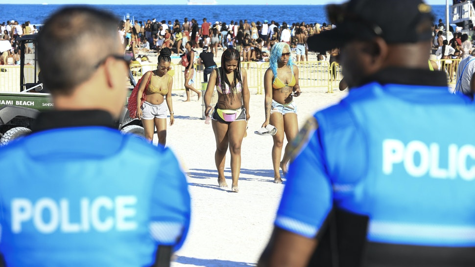 MIAMI BEACH, FLORIDA - MARCH 23: After several crimes and reports of raucous behavior, Miami Beach Police Department dispatched 301 officers to deter misconduct as thousands of college students and non-students attend Spring Break festivities in Miami Beach on March 23, 2019 in Miami, Florida, USA. (Photo by Sean Drakes/Getty Images)