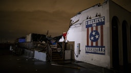 NASHVILLE, TN - MARCH 03: General view of a mural on heavily damaged The Basement East in the East Nashville neighborhood on March 3, 2020 in Nashville, Tennessee. A tornado passed through Nashville just after midnight leaving a wake of damage in its path including two people killed in East Nashville. (Photo by Brett Carlsen/Getty Images)