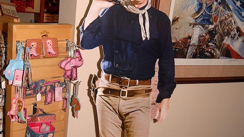 """Papp-Aufsteller und Gemälde von Western-Schauspieler John Wayne, """"National Cowboy and Western Heritage Museum"""", Oklahoma City, Staat Oklahoma, Great Plains, USA, Nordamerika, Amerika, Reise, BB, DIG; P.-Nr.: 860/2009, 29.09.2009"""