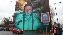 The mural of environmental activist Greta Thunberg painted on a wall of the Tobacco Factory near Ashton Gate in Bristol. PA Photo. Picture date: Friday February 28, 2020. Photo credit should read: Andrew Matthews/PA Wire