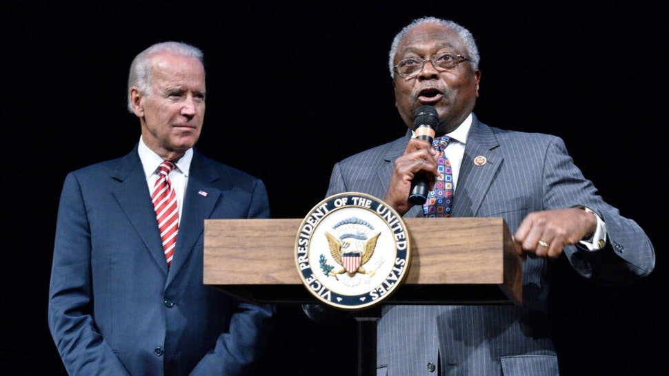 WASHINGTON, DC - SEPTEMBER 24: (L-R) Vice President Joe Biden is introduced by U.S. Representative James Clyburn at the CBC Spouses 17th Annual Celebration of Leadership in the Fine Arts at the Nuseum Museum on September 24, 2014 in Washington, DC.